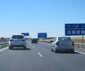 Distancia entre vehículos en adelantamientos